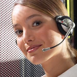 account-contor-gmbh-frau-mit-headset