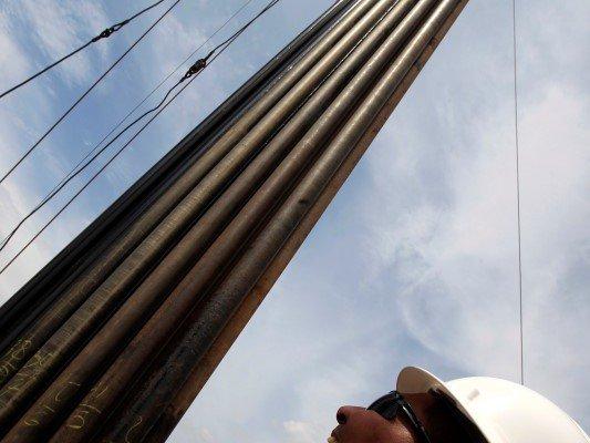 Trabajadores-petroleros-Reuters-533x400