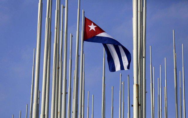 Reuters-Cuba-bandera-640x400