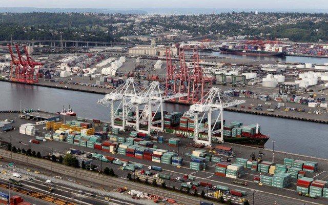 Reuters-puertos-comercio-640x400