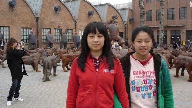 li-xue-beijing-hermanas-china-cnnespancc83ol