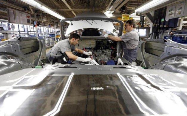 Reuters-manufactura-PMI-640x400