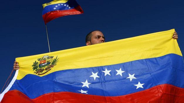 venezuela-bandera-gettyimages-167002182