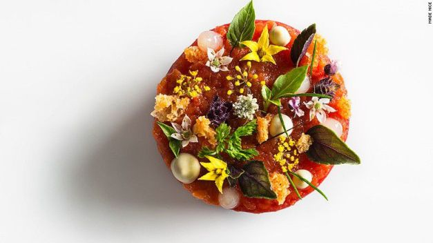 160118152445-emp-tomato-confit-with-lobster-salad-and-bonito-exlarge-169