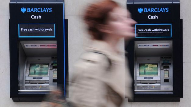 barclays-mujer
