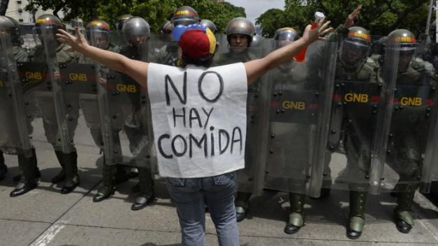 160804131304-venezuela-protest-full-1693