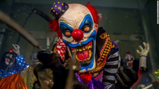 161005162922-01-scary-clown-t1-stock-exlarge-169