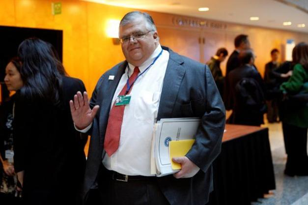 carstens-reuters_0_0