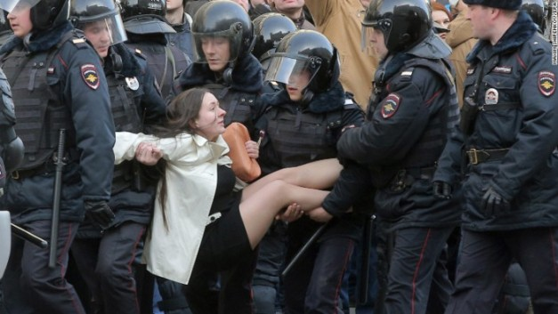 170329124443-01-moscow-protest-woman-0326-exlarge-169