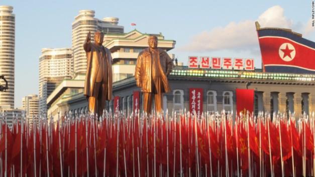 151010170429-15-north-korea-military-parade-exlarge-169