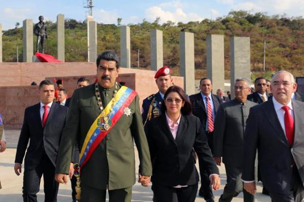 2017-04-12t005319z_894877351_rc1696a67800_rtrmadp_3_venezuela-politics