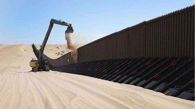 Trump-ordena-construccion-muro-e1493159082732